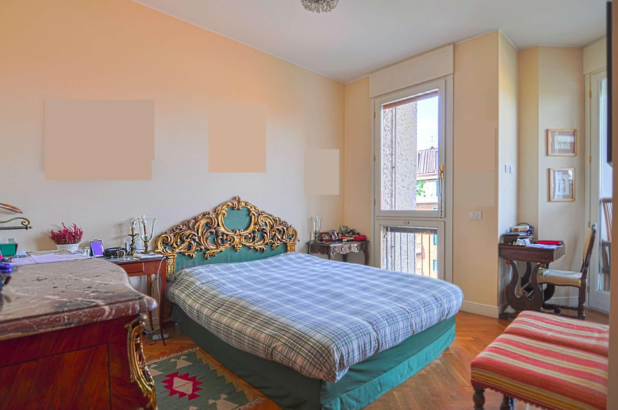 Appartamento in Vendita a Milano: 4 locali, 144 mq - Foto 2