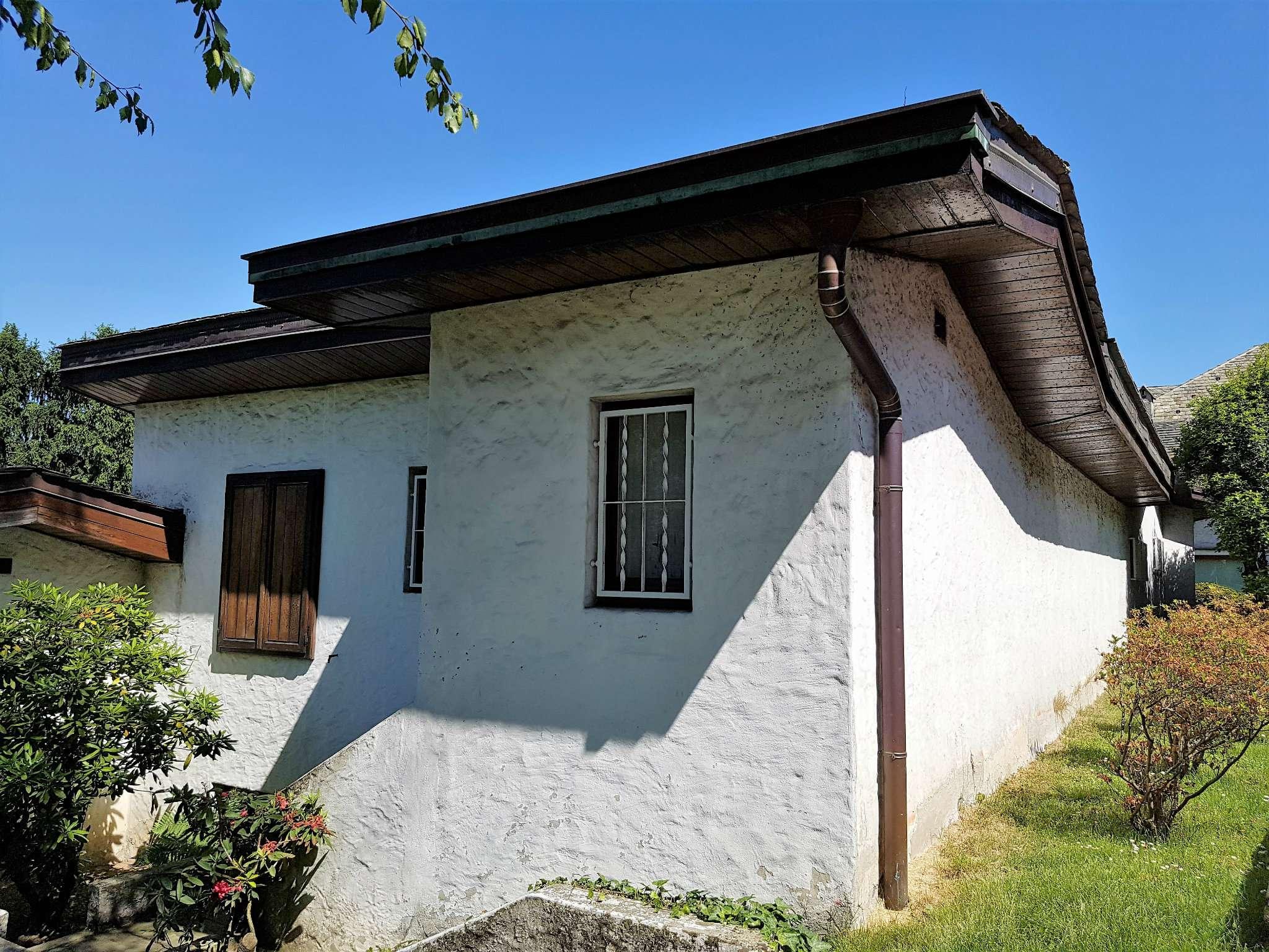 Villa in Vendita a Barlassina: 5 locali, 199 mq