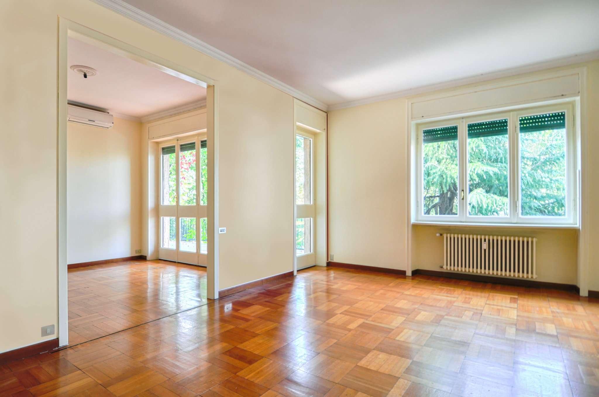 Appartamento in Vendita a Milano 17 Marghera / Wagner / Fiera: 5 locali, 182 mq