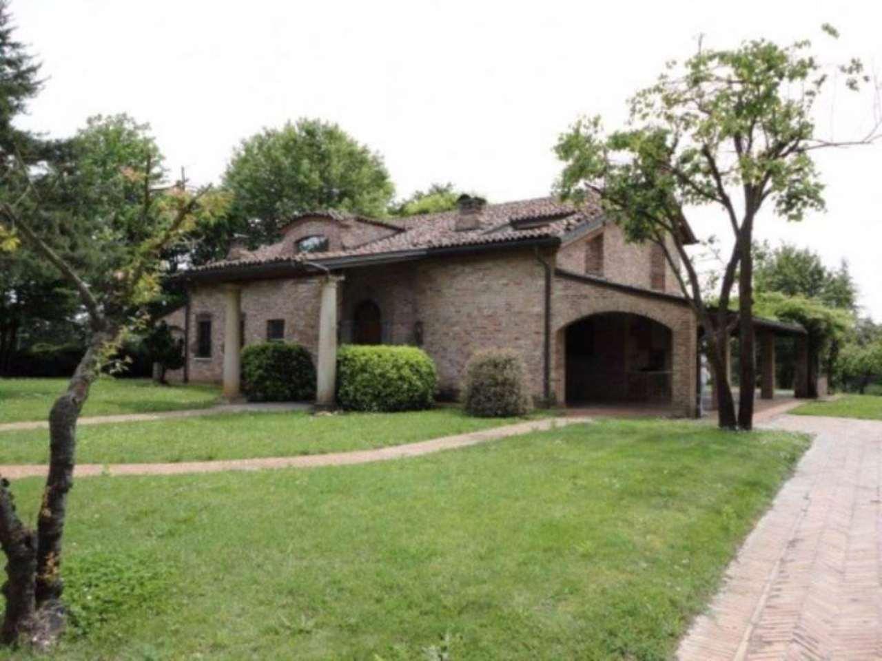 Villa in vendita a Fubine, 9999 locali, prezzo € 800.000 | Cambio Casa.it