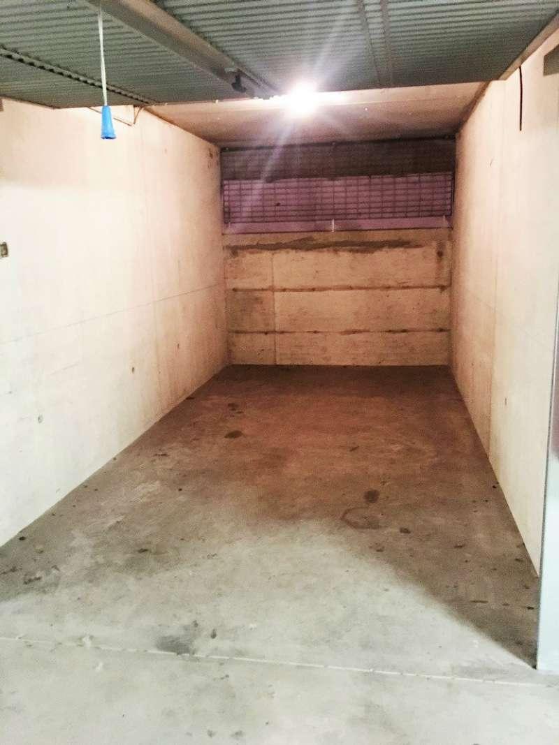 Box / Garage in affitto a Milano, 1 locali, zona Zona: 14 . Lotto, Novara, San Siro, QT8 , Montestella, Rembrandt, prezzo € 140   CambioCasa.it