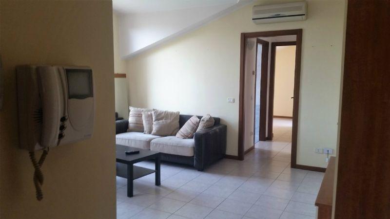 Appartamento in vendita a Carpiano, 3 locali, prezzo € 115.000 | Cambio Casa.it