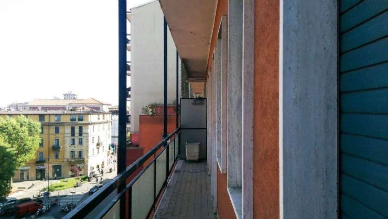 Bilocale Milano Via Tartini 6