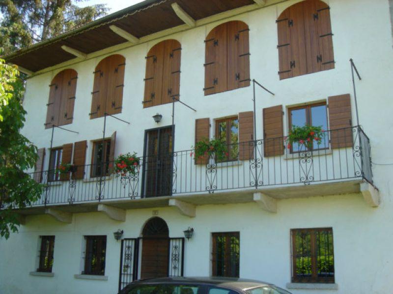 Villa in vendita a Armeno, 6 locali, prezzo € 485.000 | Cambio Casa.it