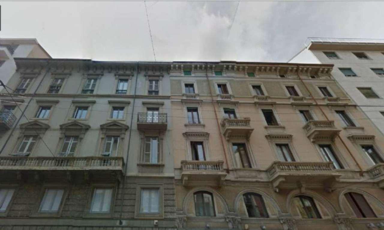 Bilocale Milano Corso Genova 1