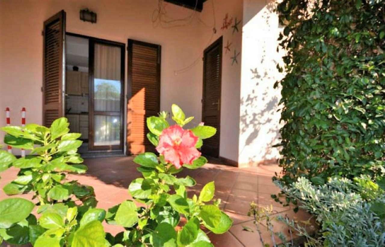 Villa Bifamiliare in Vendita a Campo nell'Elba