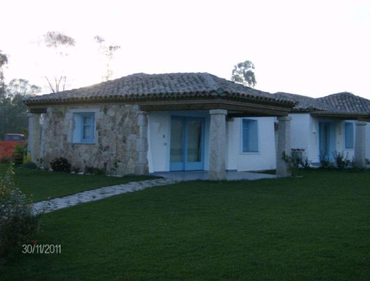 Villa in vendita a Budoni, 3 locali, prezzo € 260.000 | Cambio Casa.it