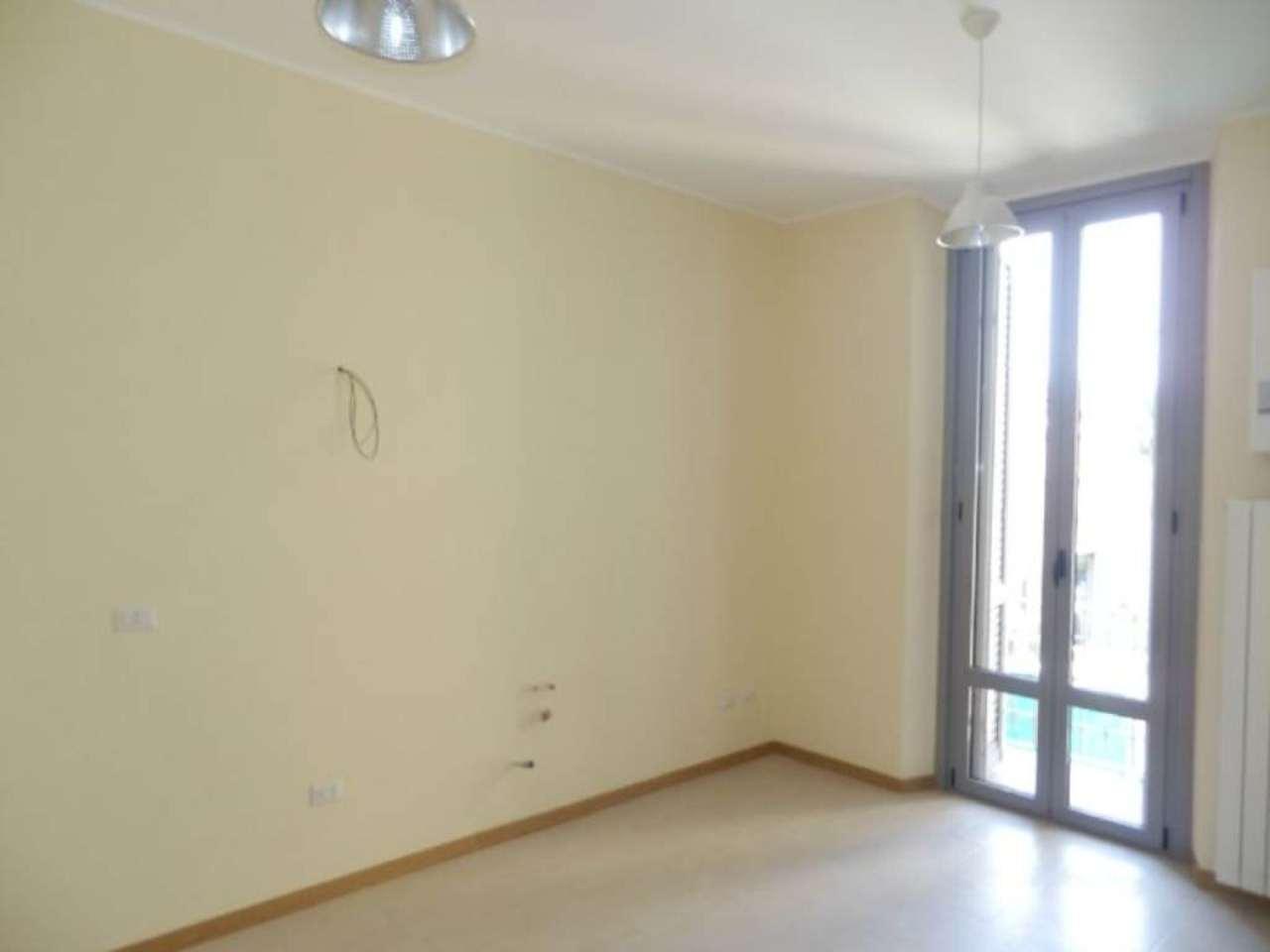 Appartamento in vendita a Milano, 2 locali, zona Zona: 17 . Quarto Oggiaro, Villapizzone, Certosa, Vialba, prezzo € 109.000 | Cambio Casa.it