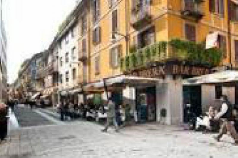 Bilocale Milano Via Brera 2