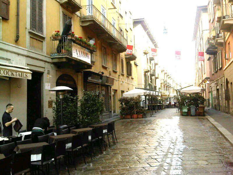 Bilocale Milano Via Brera 1