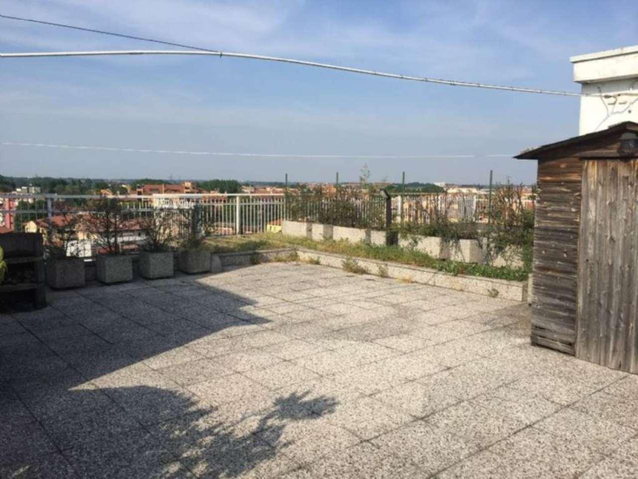 Attico / Mansarda in vendita a Peschiera Borromeo, 6 locali, prezzo € 650.000 | Cambio Casa.it