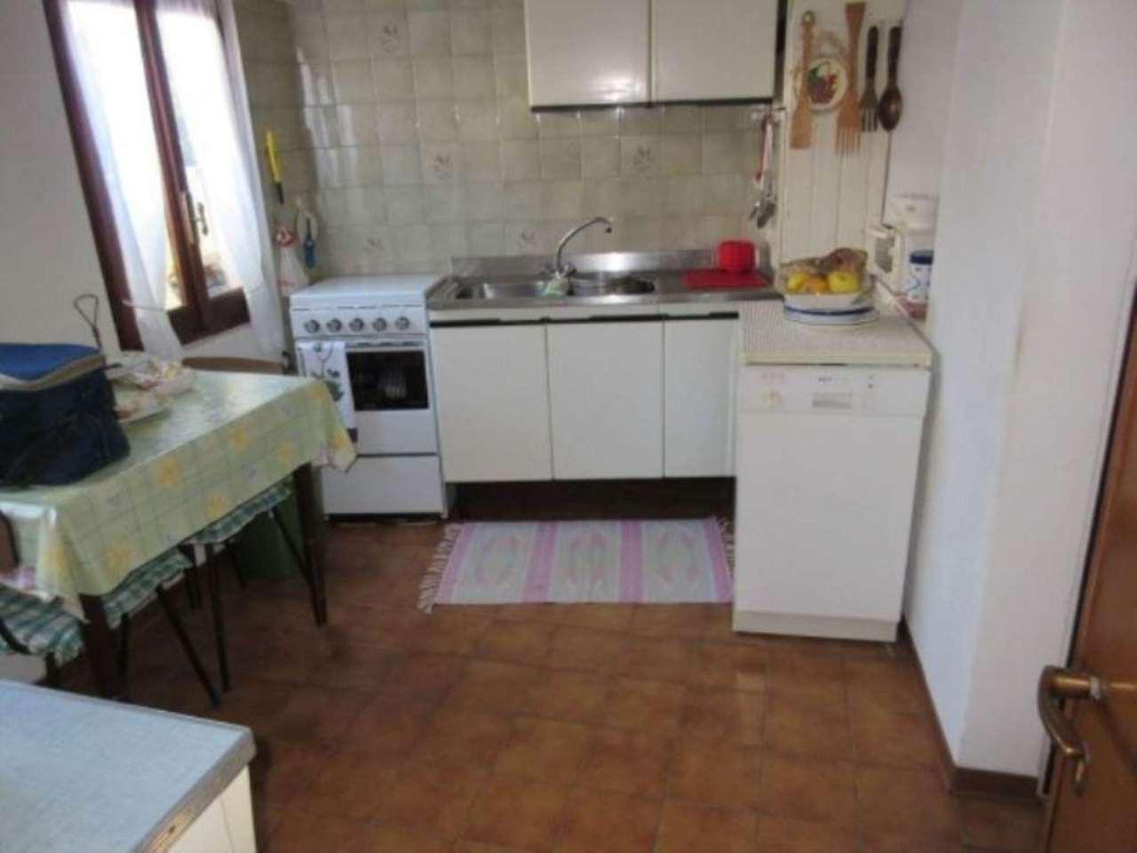 Soluzione Indipendente in vendita a Coggiola, 5 locali, prezzo € 77.000 | CambioCasa.it