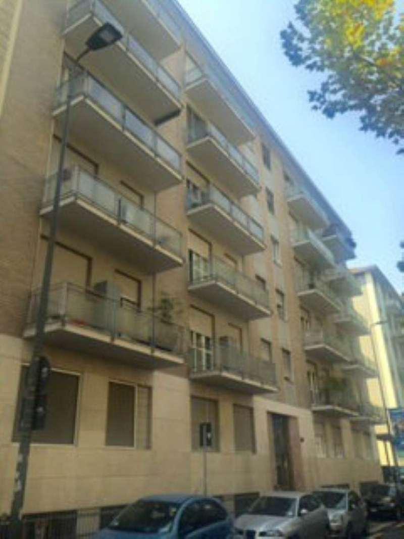 Bilocale Milano Via Borsi 1