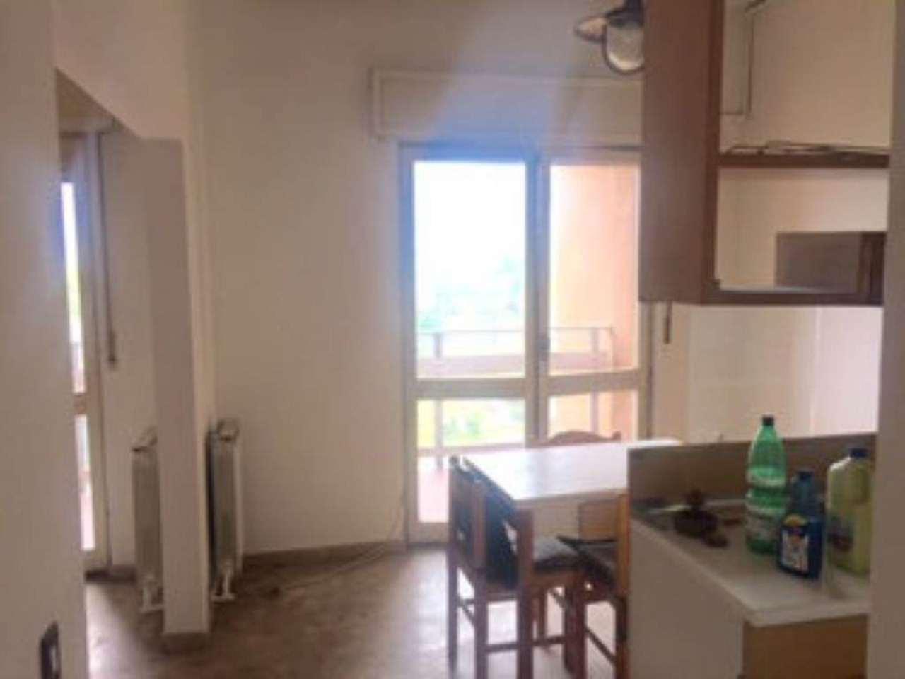 Bilocale Sesto San Giovanni Via Marzabotto 4