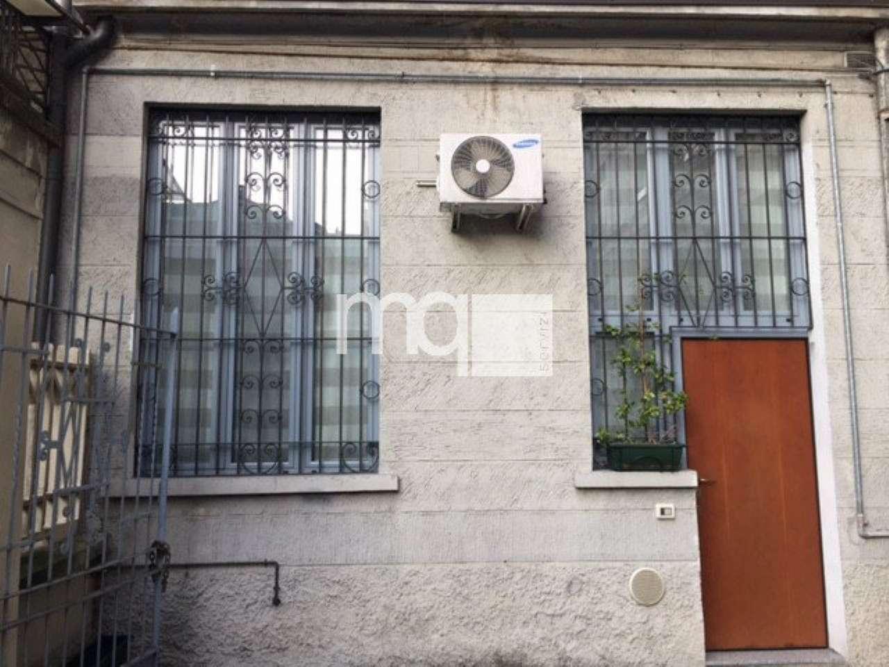 Bilocale Milano Via Poma 2