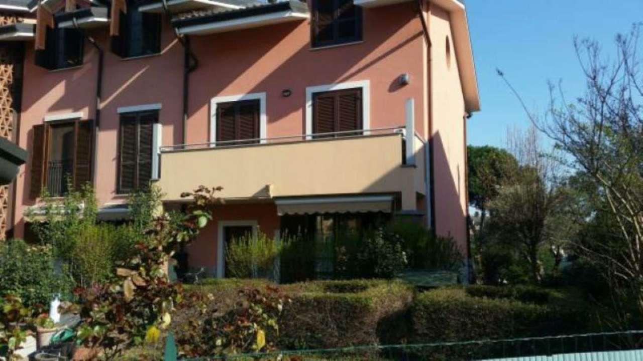 Villa a Schiera in Vendita a Trezzano sul Naviglio