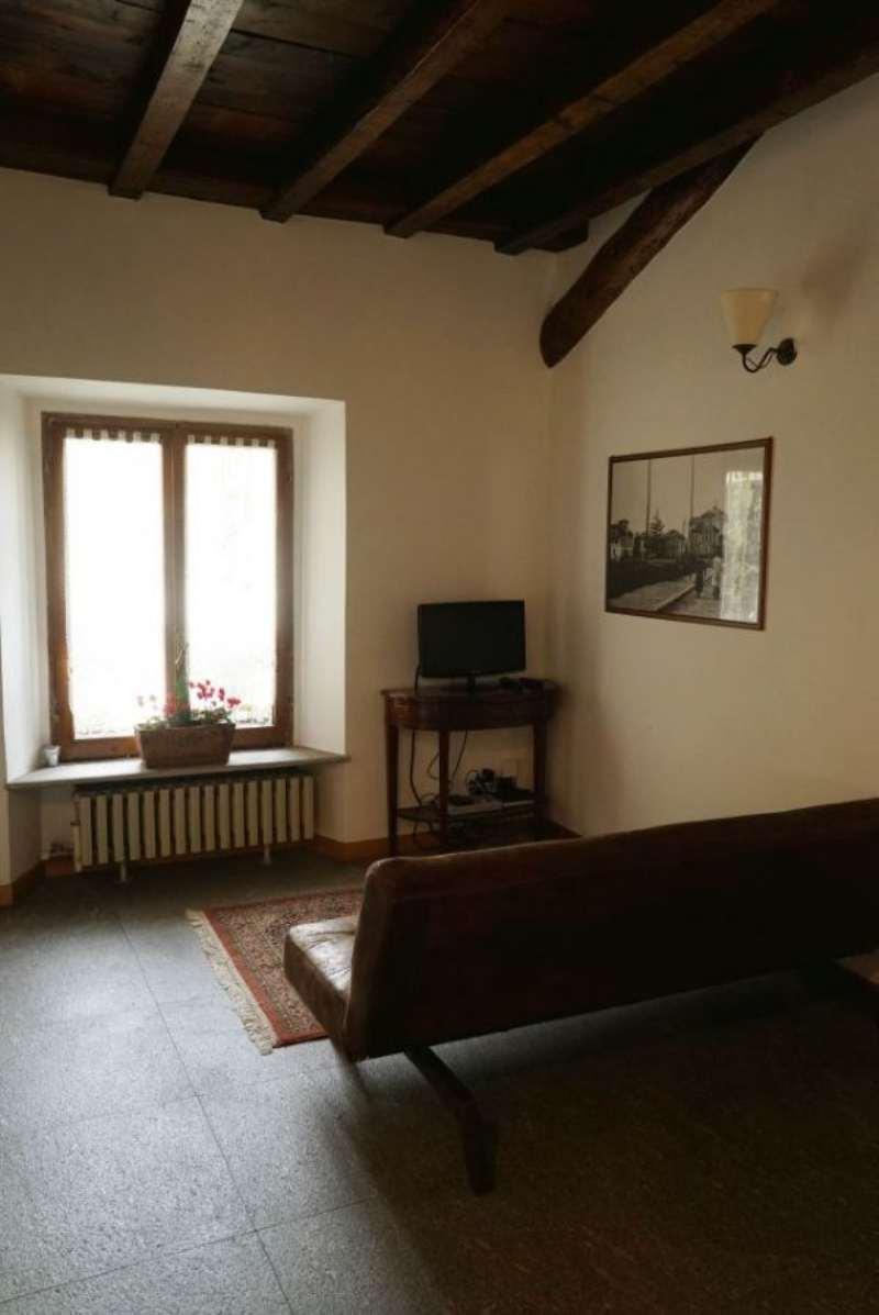 Bilocale Milano Via Rasori 4