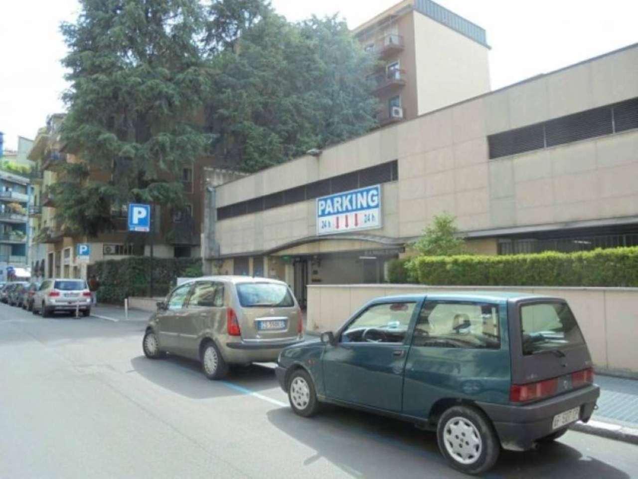 Box / Garage in vendita a Milano, 1 locali, zona Zona: 12 . De Angeli, Vercelli, Washington, Sicilia, S. Michele del Carso, prezzo € 28.000 | Cambio Casa.it