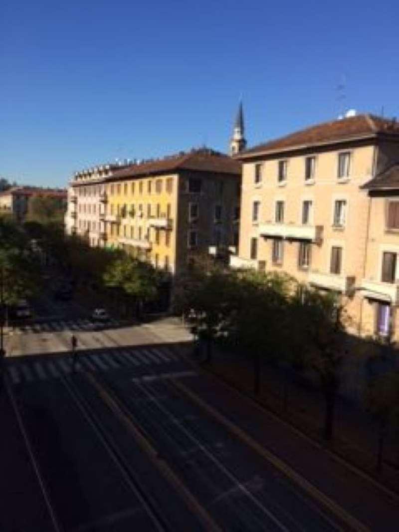 Bilocale Milano Corso Xxii Marzo 9