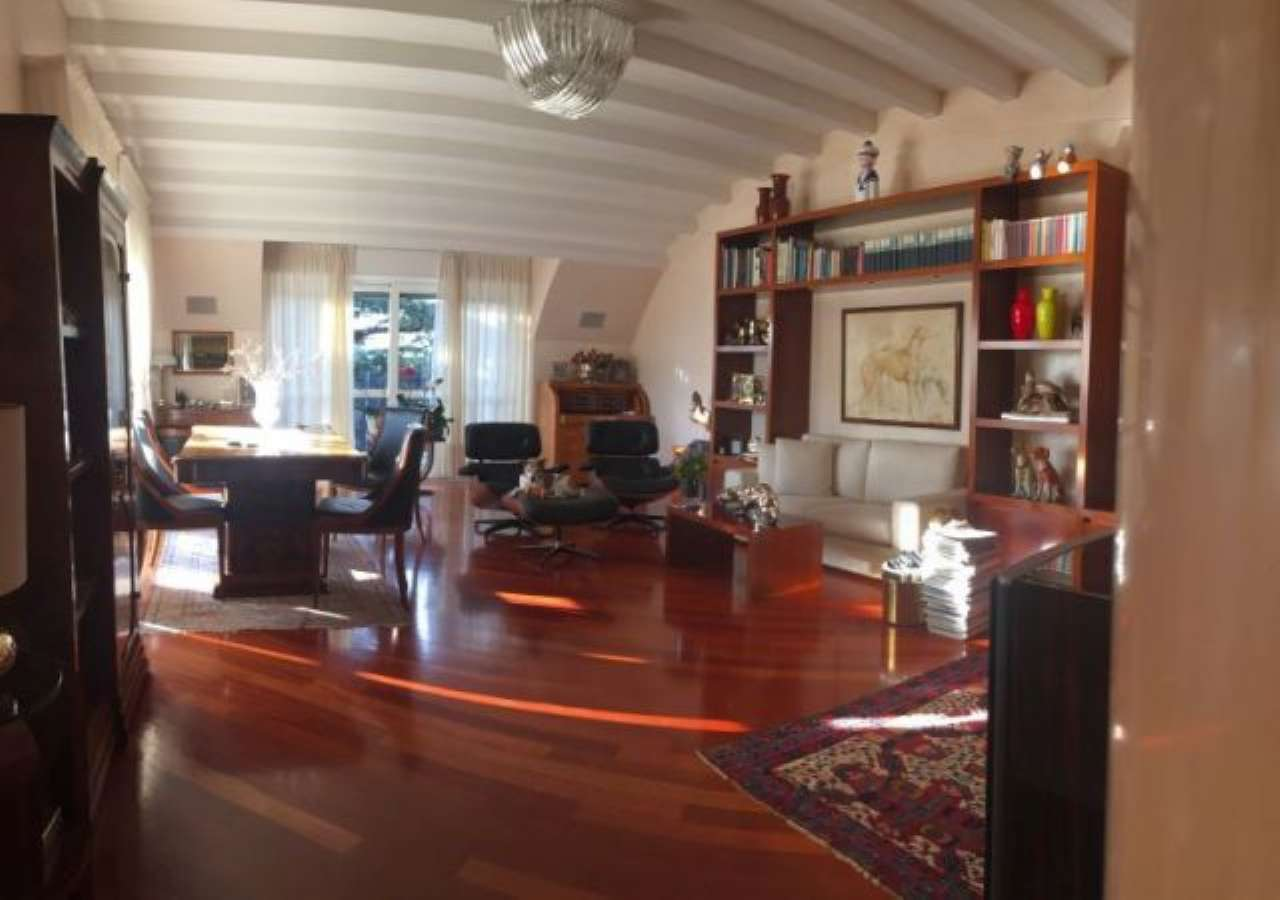 Appartamento in vendita a Milano, 4 locali, zona Zona: 14 . Lotto, Novara, San Siro, QT8 , Montestella, Rembrandt, prezzo € 450.000 | CambioCasa.it