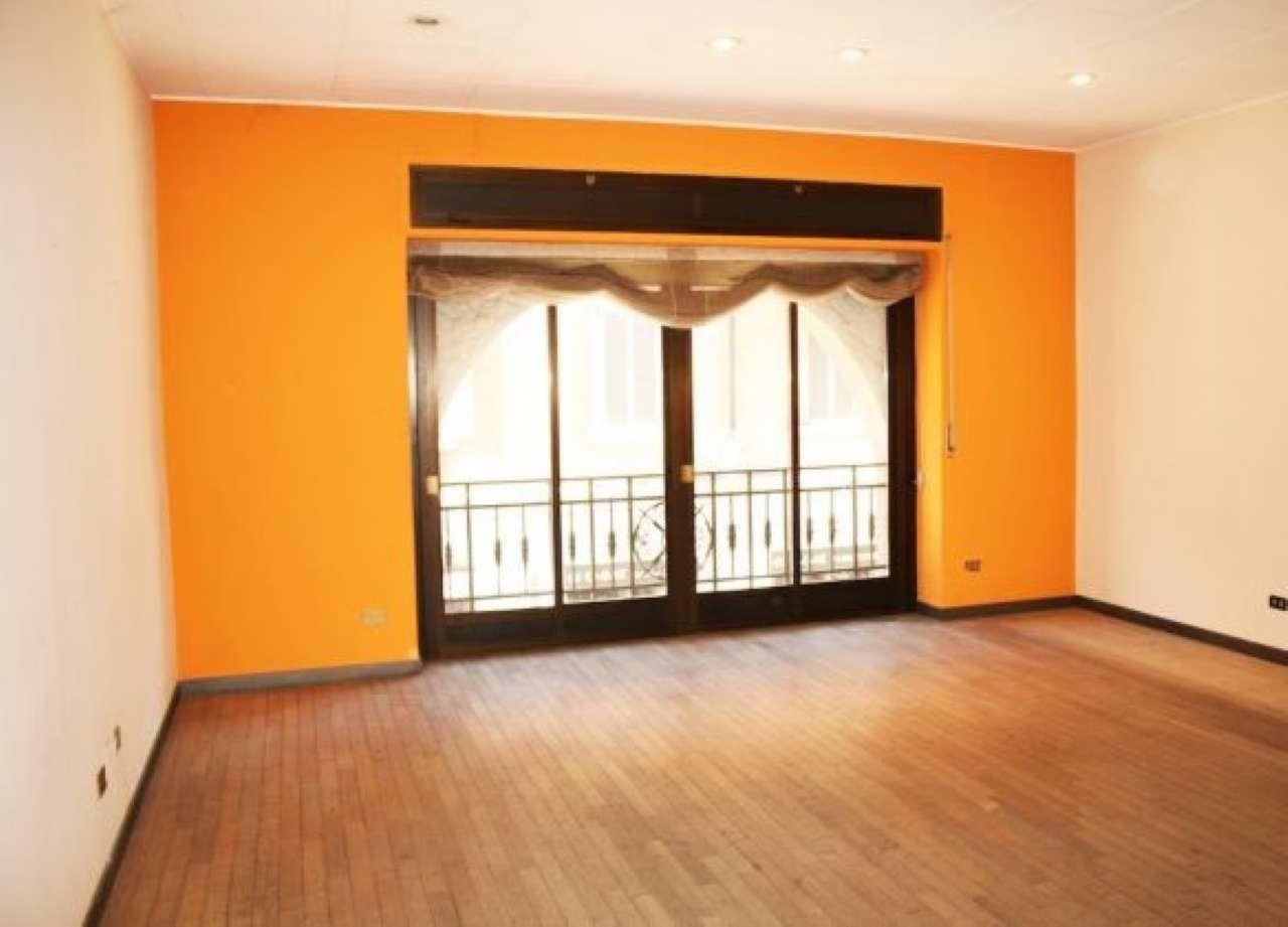 Appartamento da ristrutturare a milano for Case in vendita milano zona brera