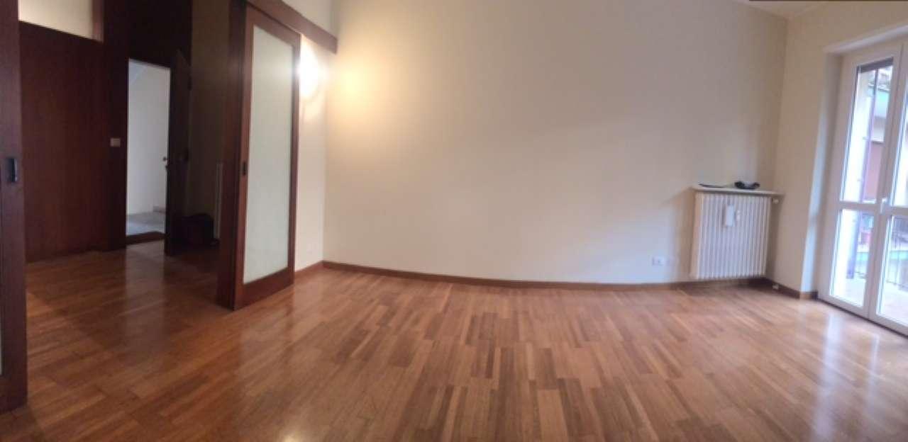 Appartamento in affitto a Milano, 3 locali, zona Zona: 10 . P.ta Genova, Romolo, Solari, Savona, Tortona, prezzo € 1.300 | CambioCasa.it