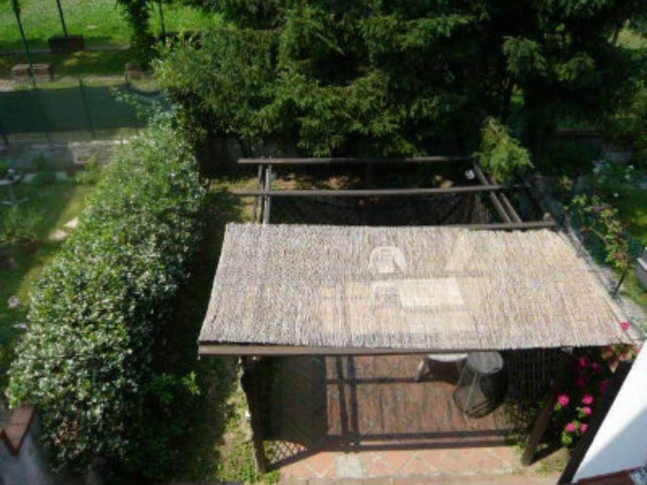 Villa in vendita a Milano, 5 locali, zona Zona: 3 . Bicocca, Greco, Monza, Palmanova, Padova, prezzo € 500.000 | CambioCasa.it