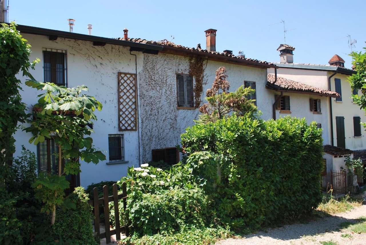 Altro in vendita a Montecalvo Versiggia, 8 locali, prezzo € 90.000 | CambioCasa.it