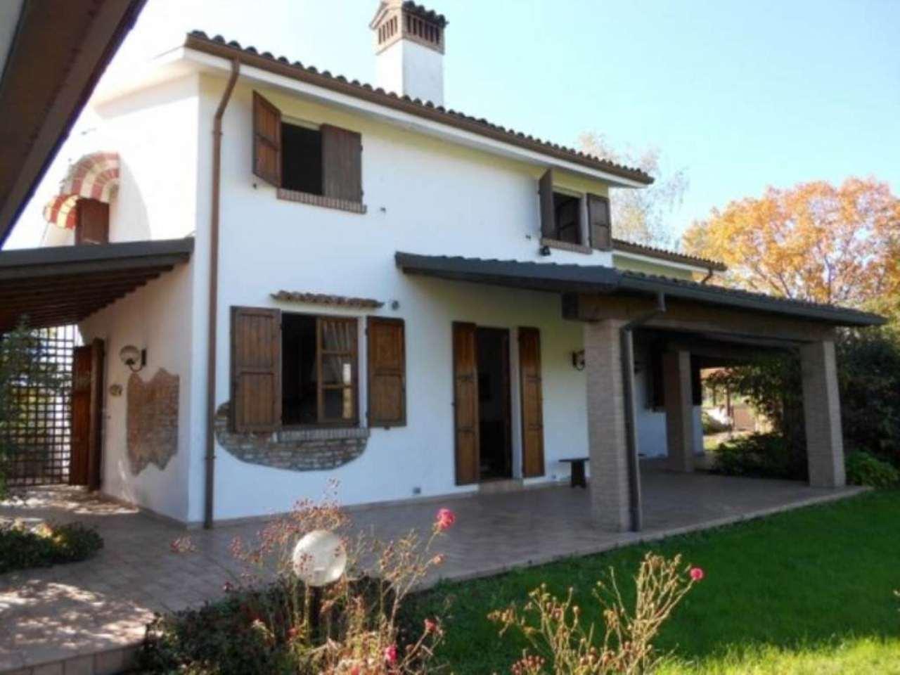 Rustico / Casale in vendita a Salsomaggiore Terme, 5 locali, prezzo € 430.000 | Cambio Casa.it