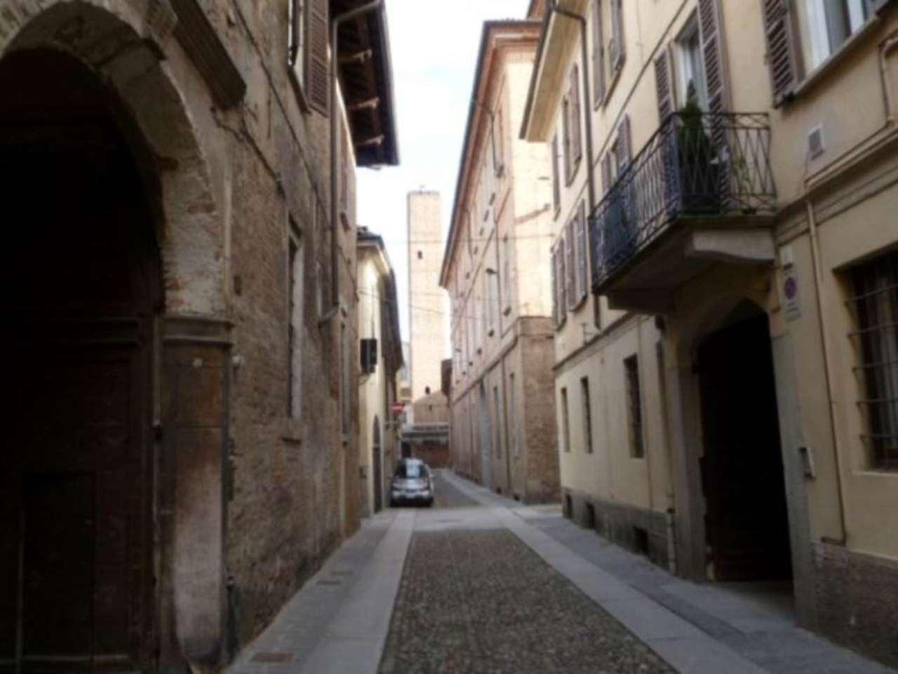 Bilocale Pavia Via Antonio Mantovani 8