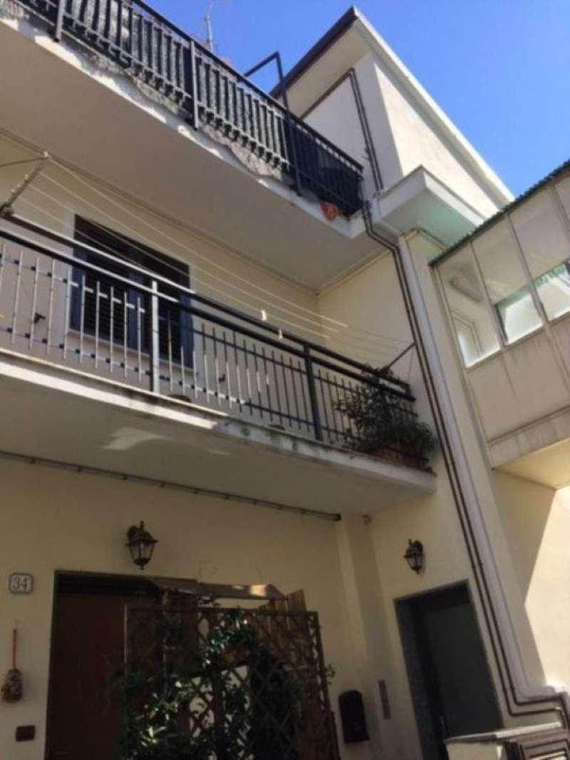 Appartamento in vendita a Albisola Superiore, 3 locali, prezzo € 240.000 | Cambio Casa.it
