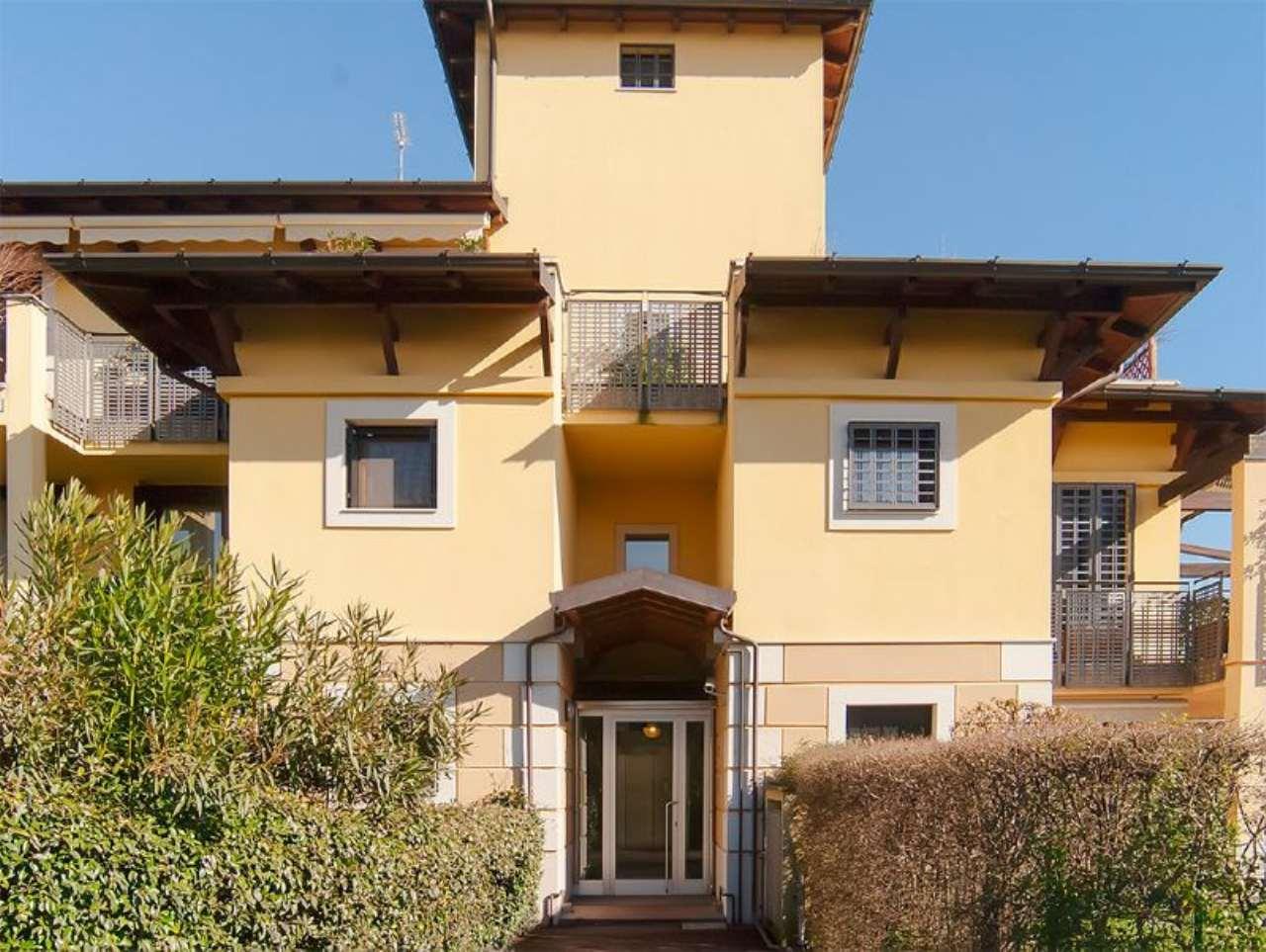 Appartamento in vendita a Segrate, 5 locali, prezzo € 460.000 | Cambio Casa.it