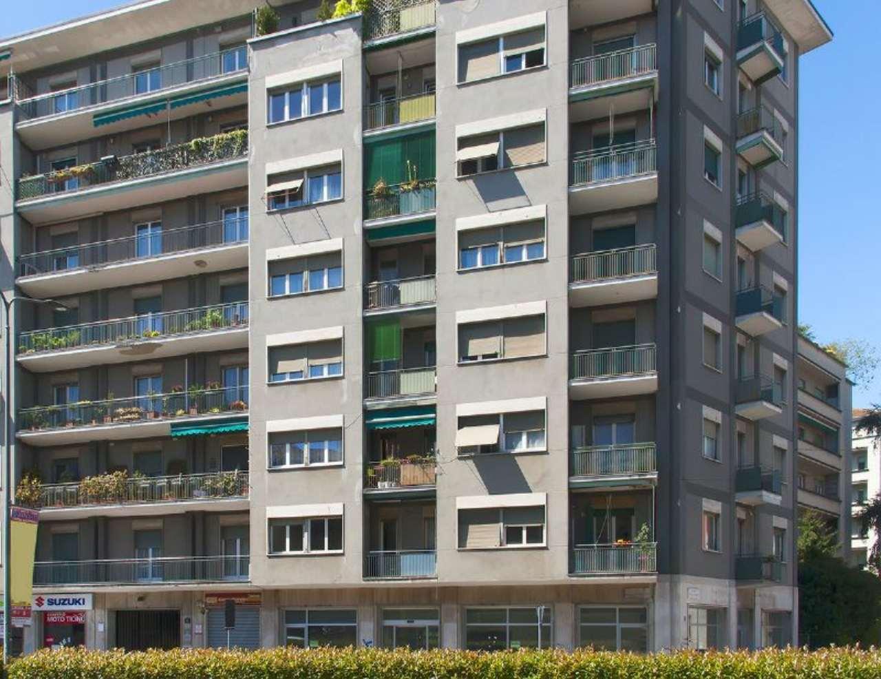 Bilocale Milano Via Marescalchi 13