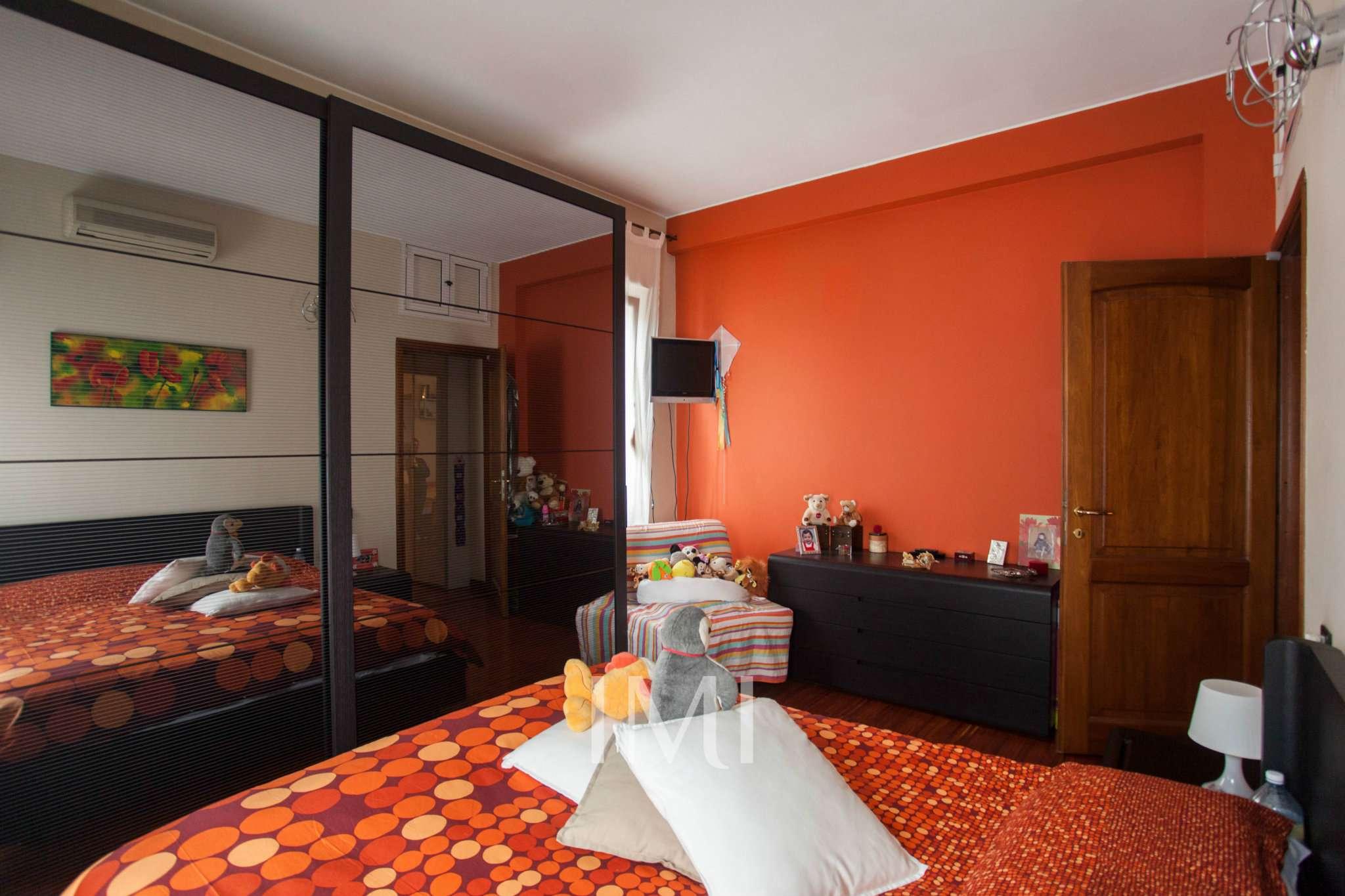 Bilocale Novate Milanese Via Amendola 8