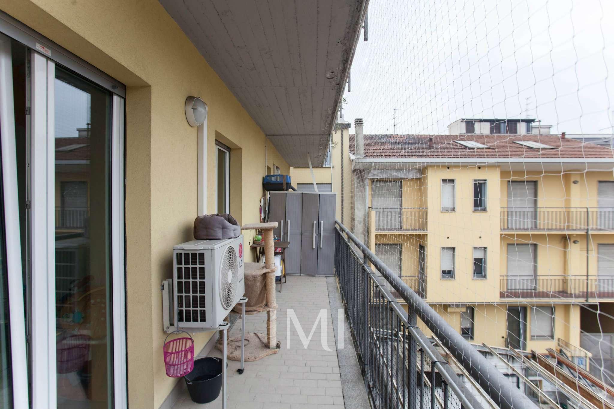 Bilocale Milano Via Pantelleria 10
