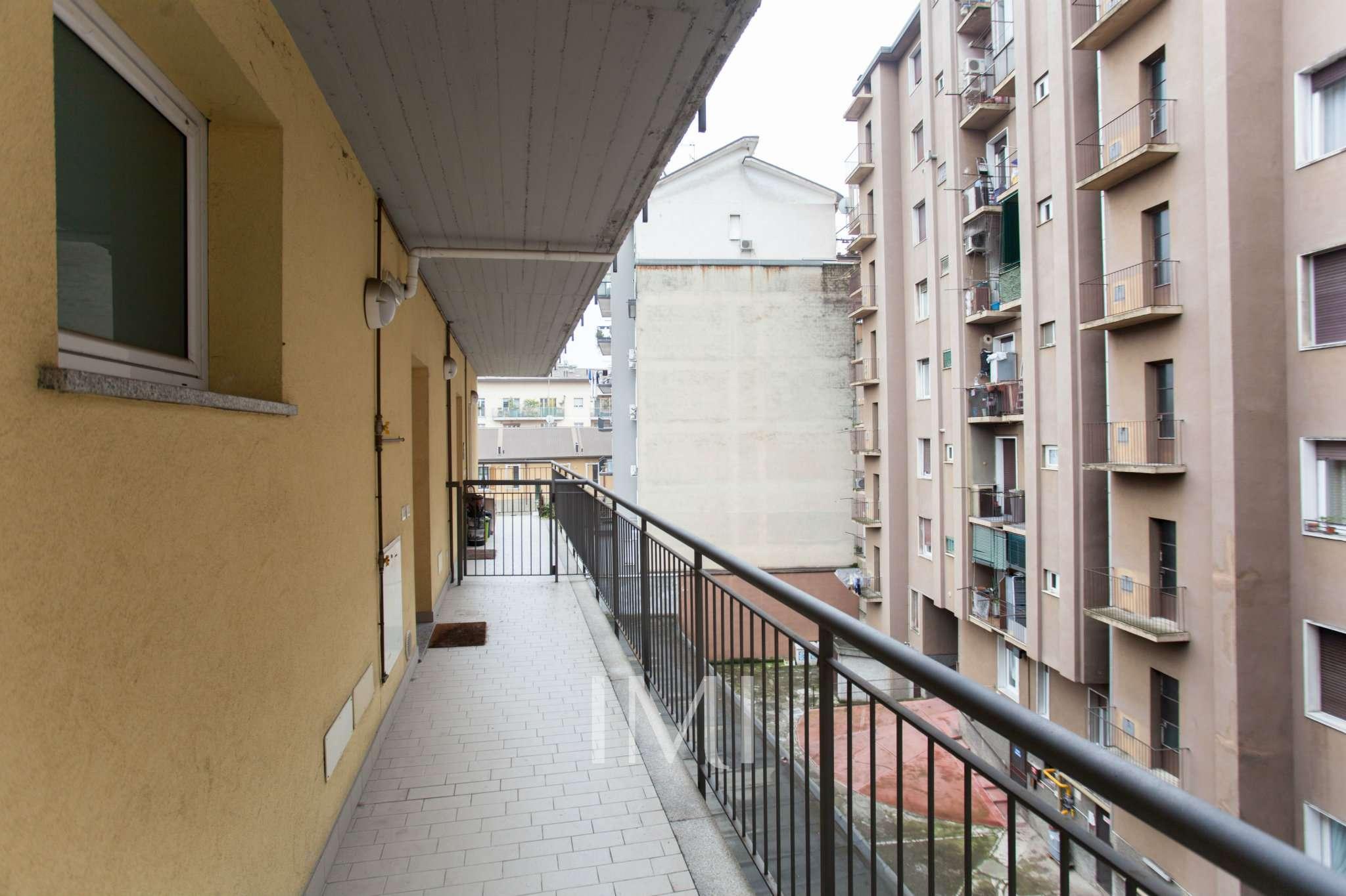 Bilocale Milano Via Pantelleria 8