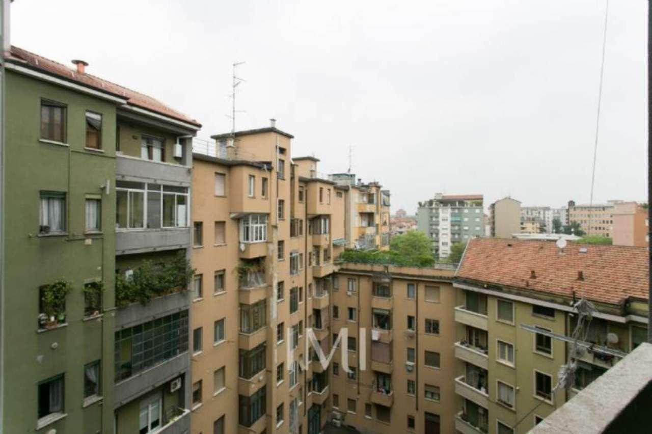 Bilocale Milano Viale Murillo 9
