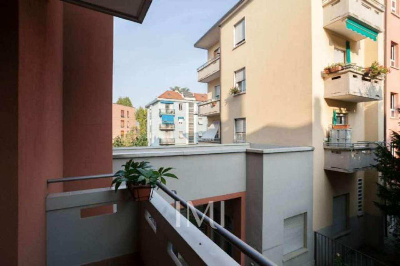 Bilocale Milano Via Mariotto Albertinelli 11