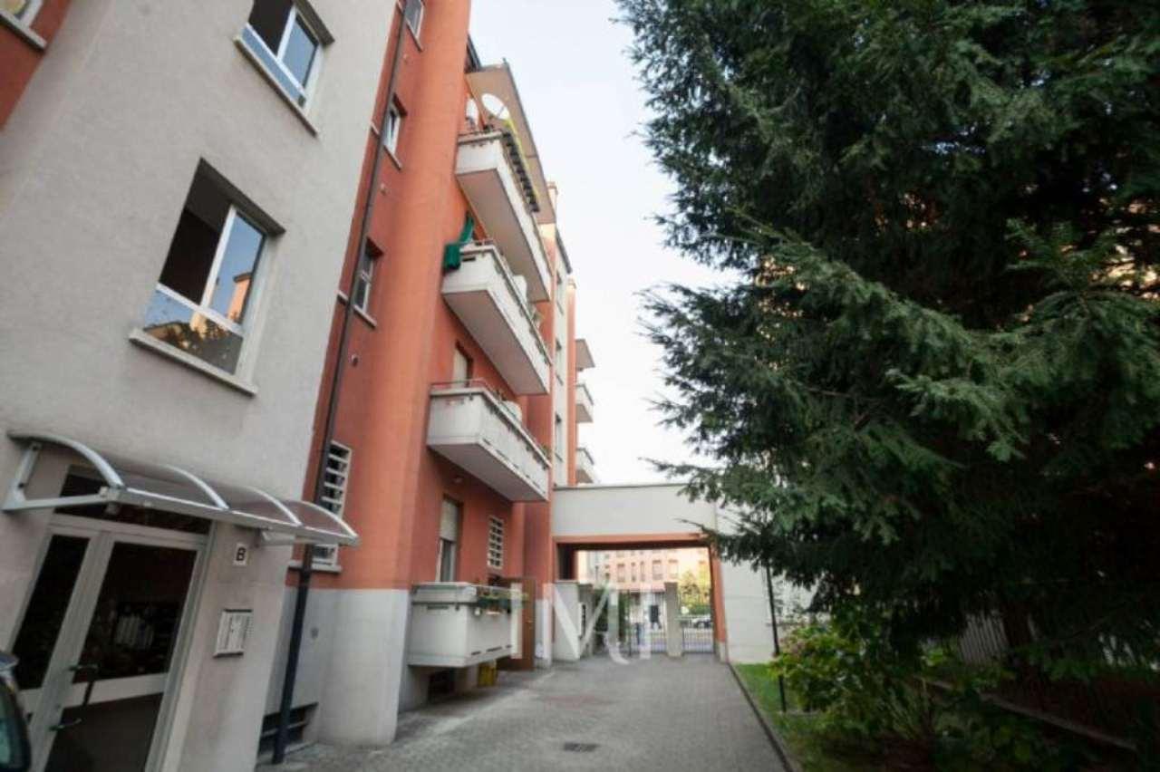 Bilocale Milano Via Mariotto Albertinelli 1