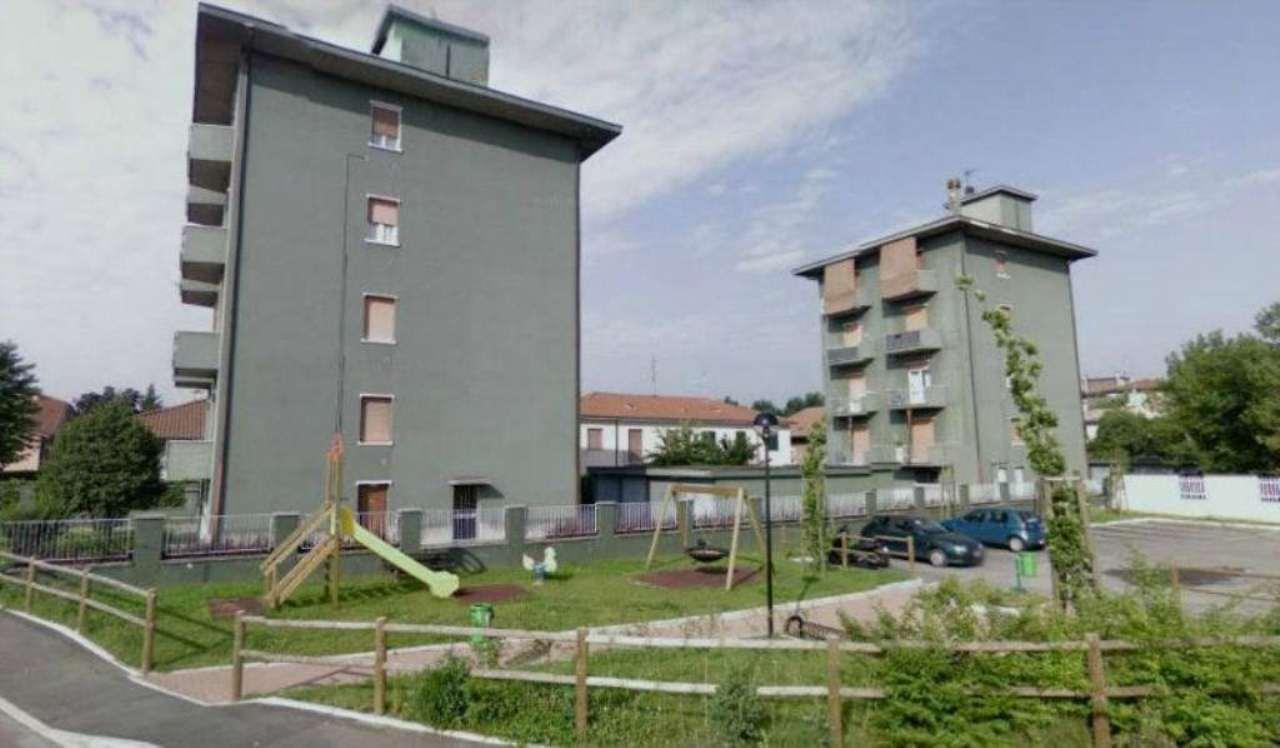 Bilocale Pogliano Milanese Via San Martino Della Battaglia 1