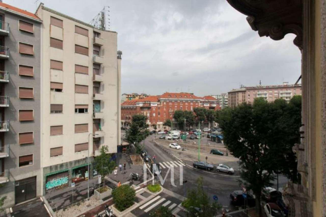Bilocale Milano Via Volturno 1