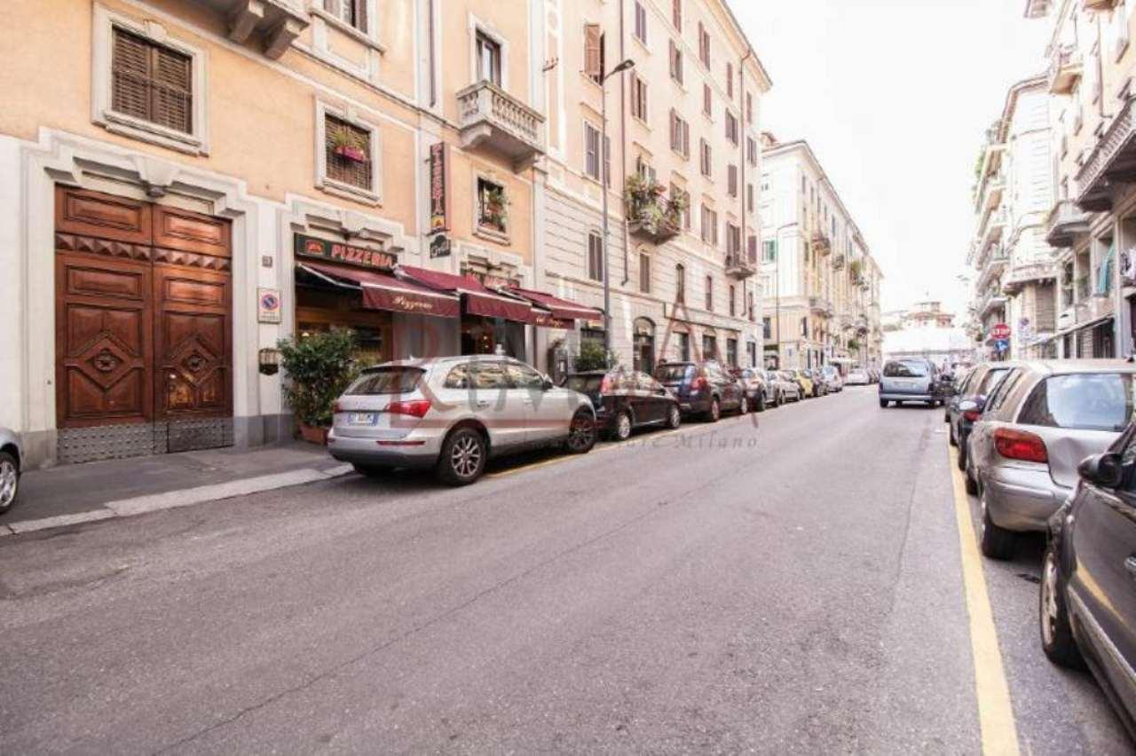 Bilocale Milano Via Lecco 12