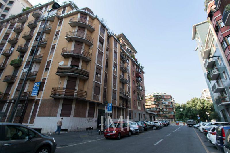 Bilocale Milano Via Dei Grimani 5