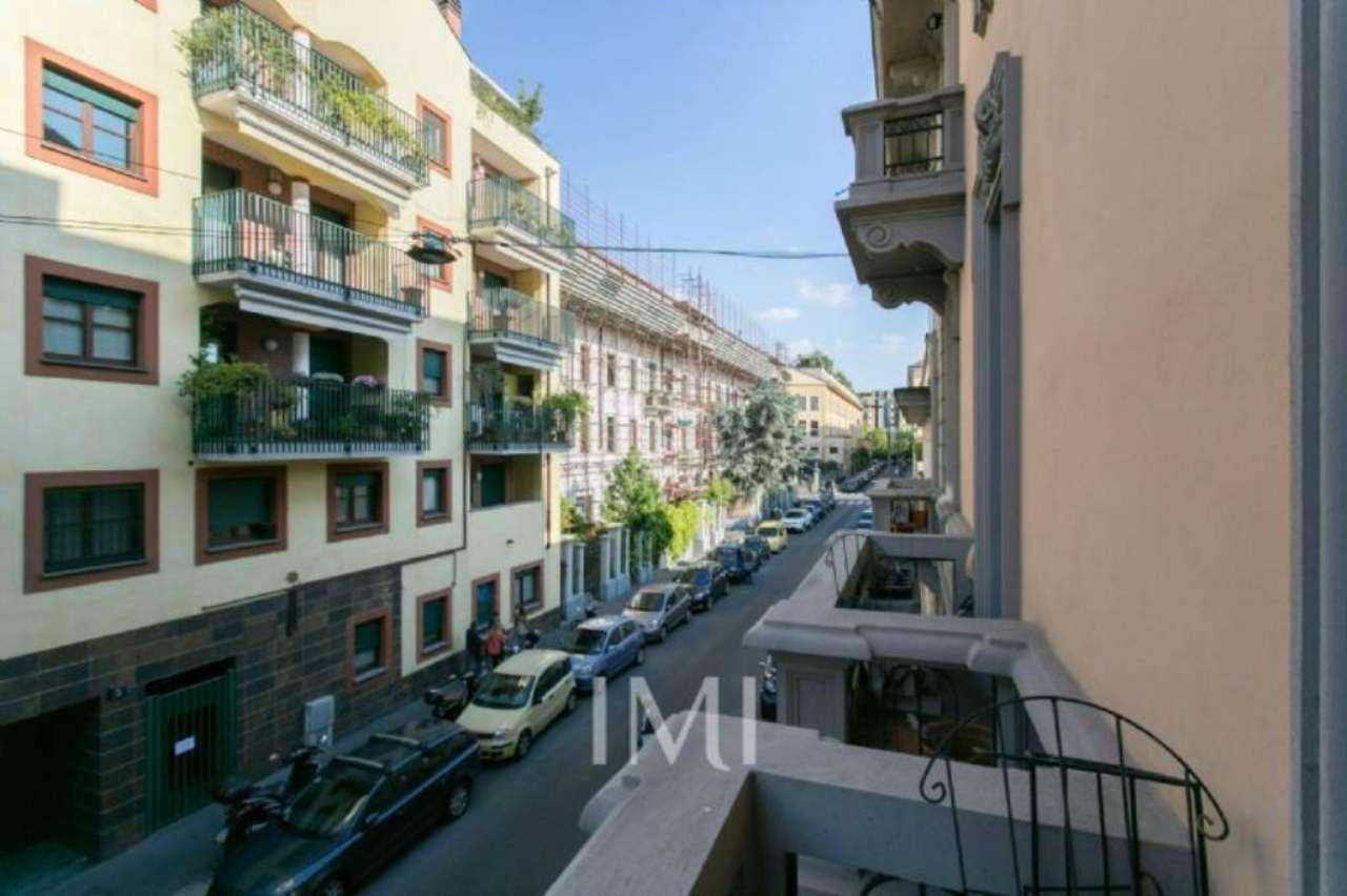 Bilocale Milano Via Via Andrea Ponti 5
