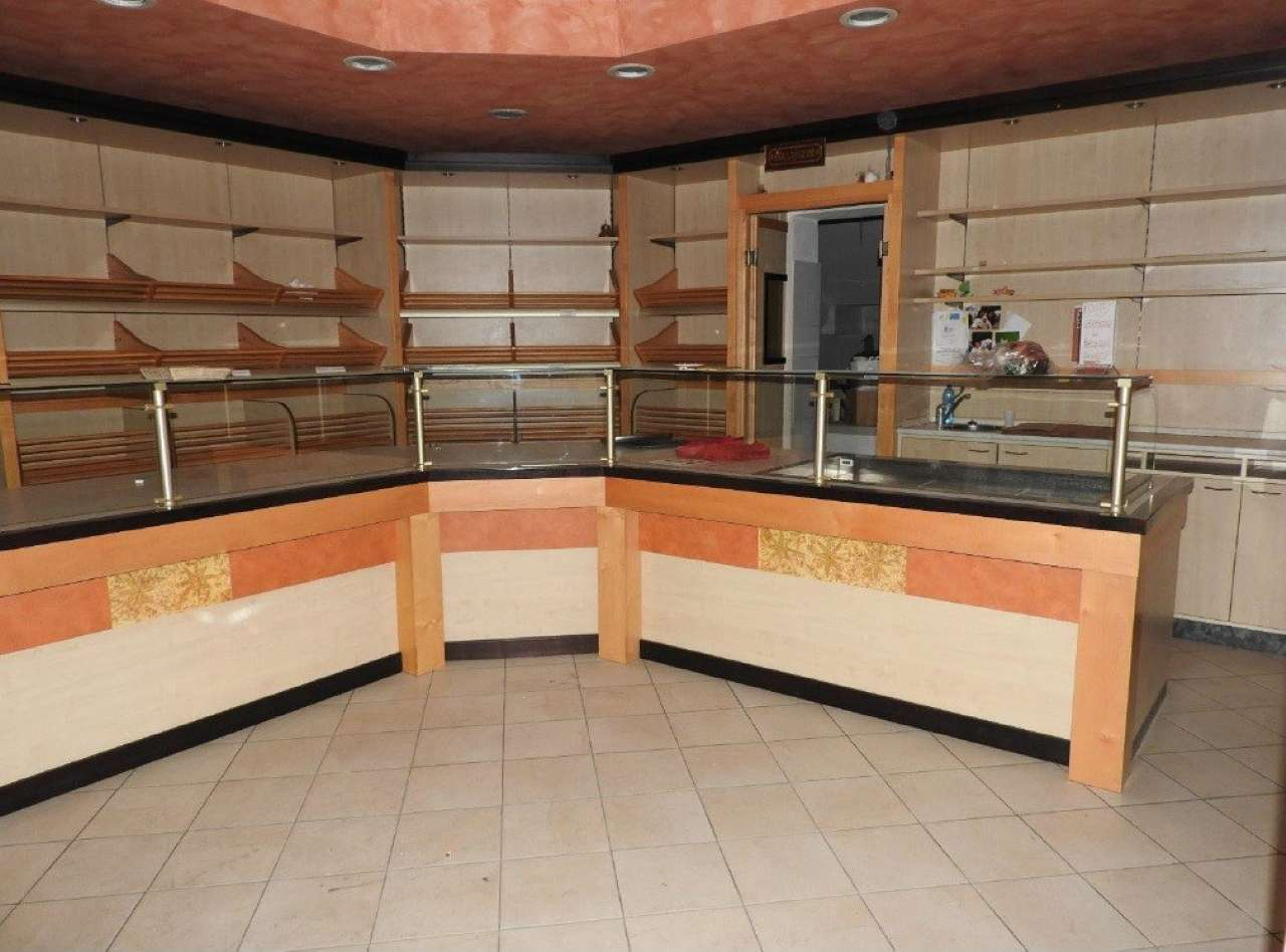 Negozio / Locale in vendita a Cornaredo, 3 locali, prezzo € 153.000 | Cambio Casa.it