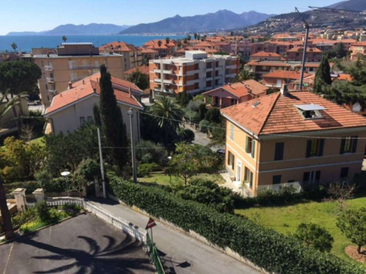 Appartamento in vendita a Borgio Verezzi, 3 locali, prezzo € 290.000 | Cambio Casa.it