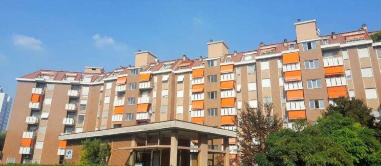 Appartamento in vendita a Cesano Boscone, 4 locali, prezzo € 300.000 | Cambio Casa.it