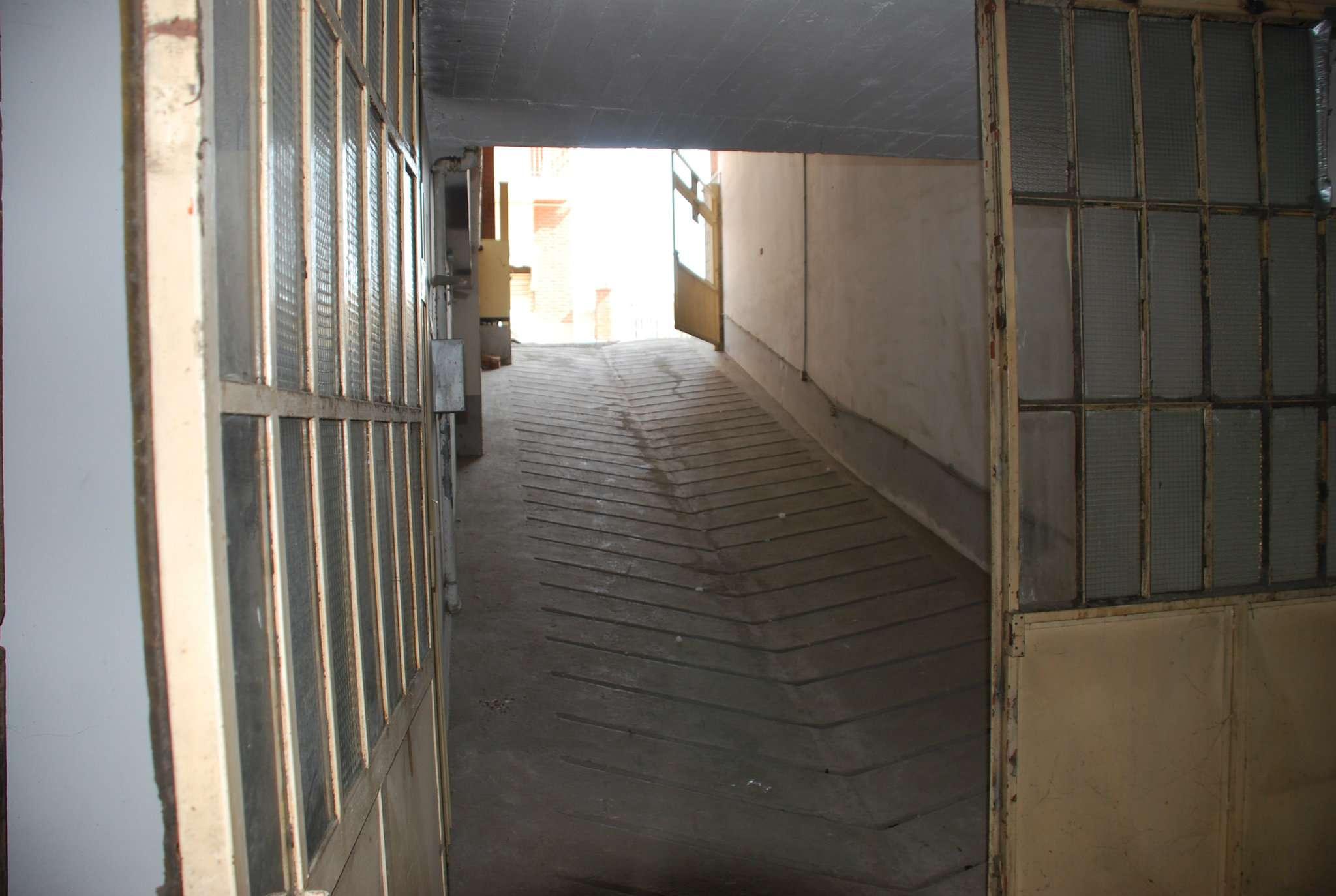 Magazzino/Laboratorio in vendita via Cottolengo Vinovo