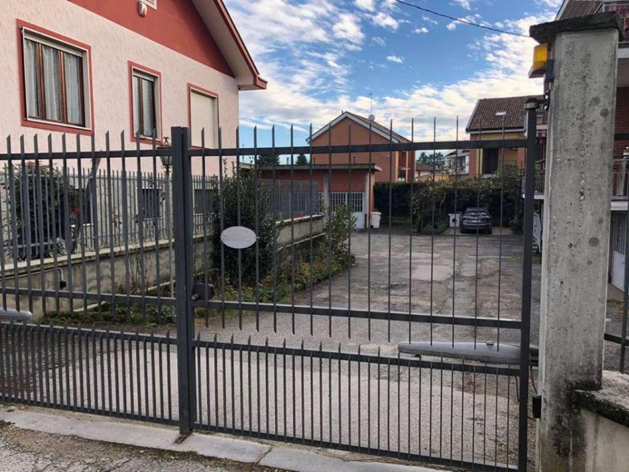 Magazzino/Laboratorio in vendita via Stupinigi Vinovo