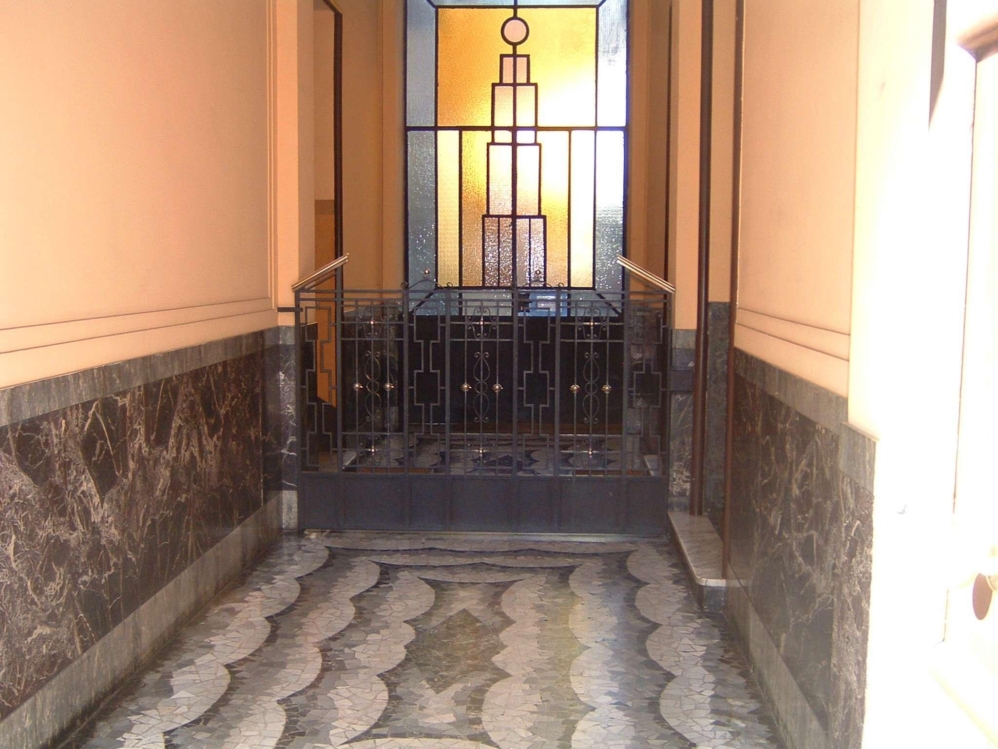 Bilocale Milano Via Vertoiba 3